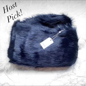 Badgley Mischka Faux Mink Stole Shawl NWT Navy 